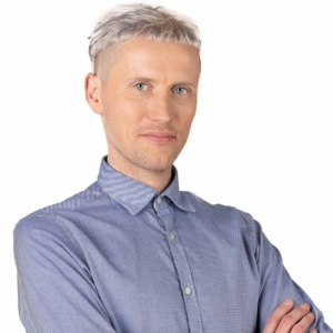 Indrek-Spungin-maakler-Lahe-Kinnisvara-kodulehe-piltide-pohi