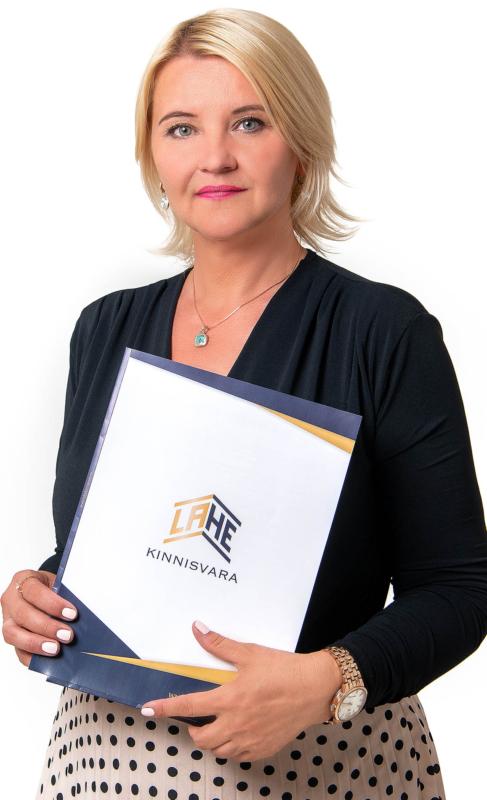 Kinnisvara-maakler-Pärnus-Krista-Järv-Lahe-Kinnisvara-2021-juuli